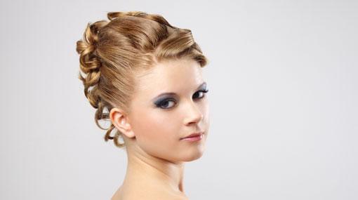 haarschmuck hochzeit hairstyling hochzeit kleiner schleier
